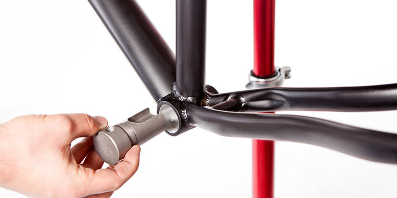 Nachrüsten von Fahrrädern mit dem leichten Elektromotor ...